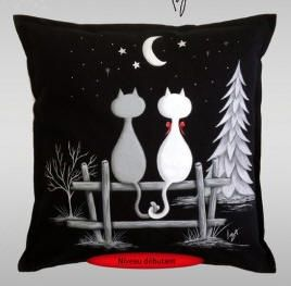 Isabelle Desroches Clair De Lune Jpg 268 263 Hand Painted Pillows Fabric Painting Painting Crafts