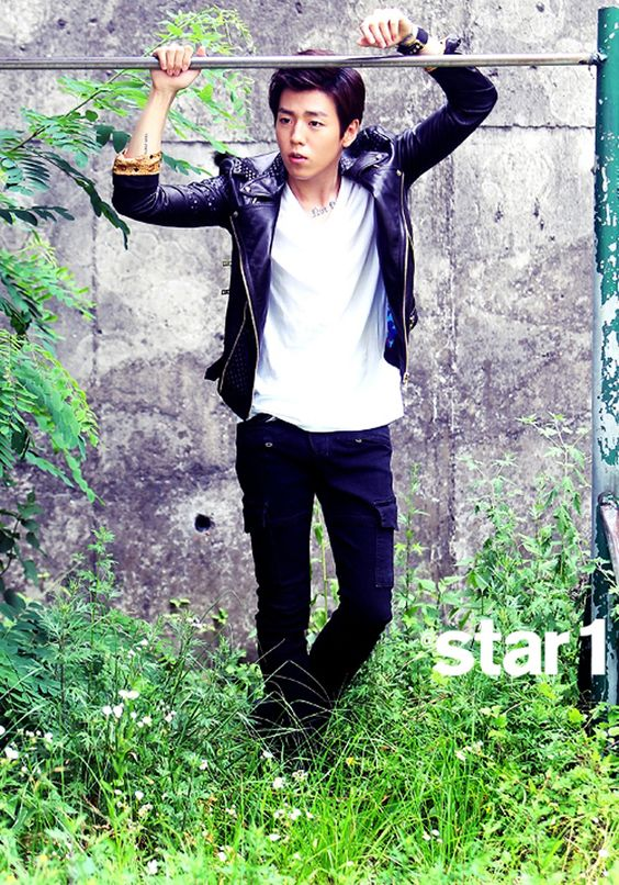 Lee Hyun Woo for @Gemma 1 : Couch Kimchi