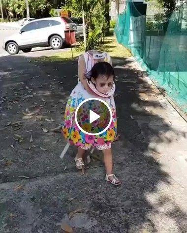 Menina fantasma assusta todo mundo