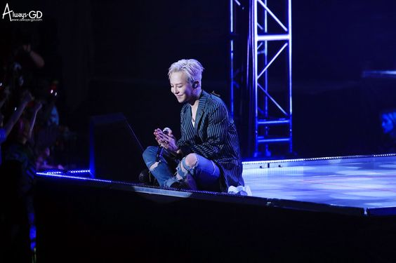G-Dragon | VIP Fanmeeting in Kobe (160527)