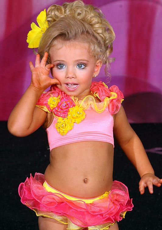 Little Girl Beauty Pageants 2005   Mysecclo  Pinterest  Beauty, Tans And Girls-2399