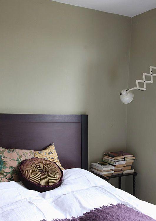 Pinterest the world s catalog of ideas for Plum bedroom designs
