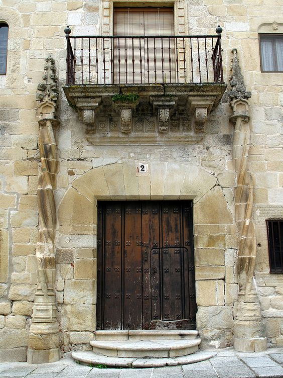 Extremadura, detalle puerta .Spain