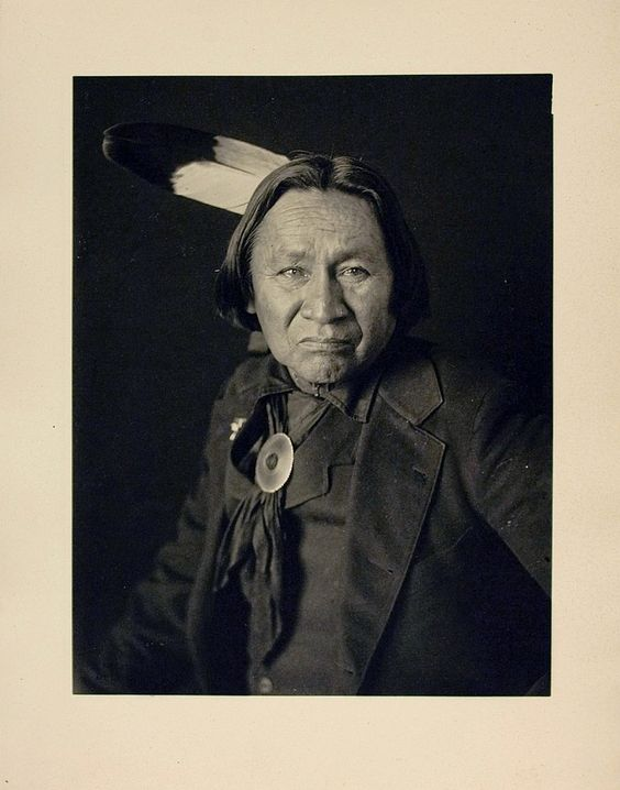 CROSS FEATHERS (A-qu-qa-ve-nuts), Southern Cheyenne, June 1908.