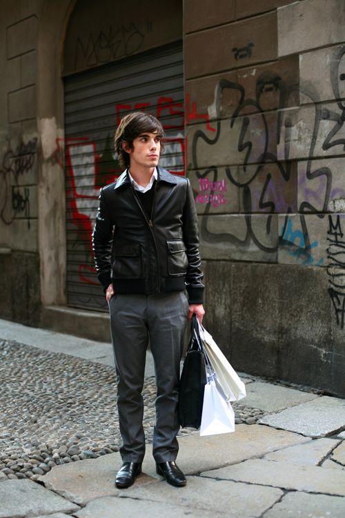 あなたがミラノのフォンジーのように見えないブラックレザージャケット(彼と彼女のために)«Sartorialist