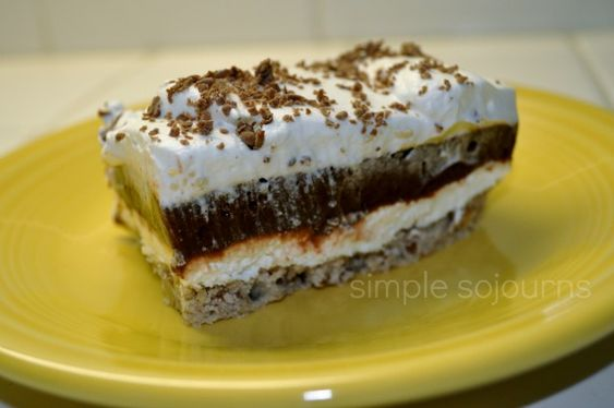 Cake With Chocolate Pudding Layer : Layered Pudding Dessert. Best thing ever! Pecan crust ...