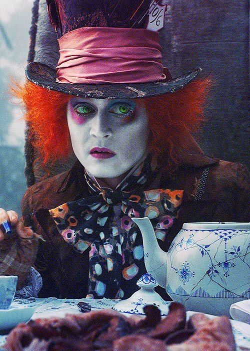 Alice In Wonderland Color Scheme Com Imagens Filme Alice No