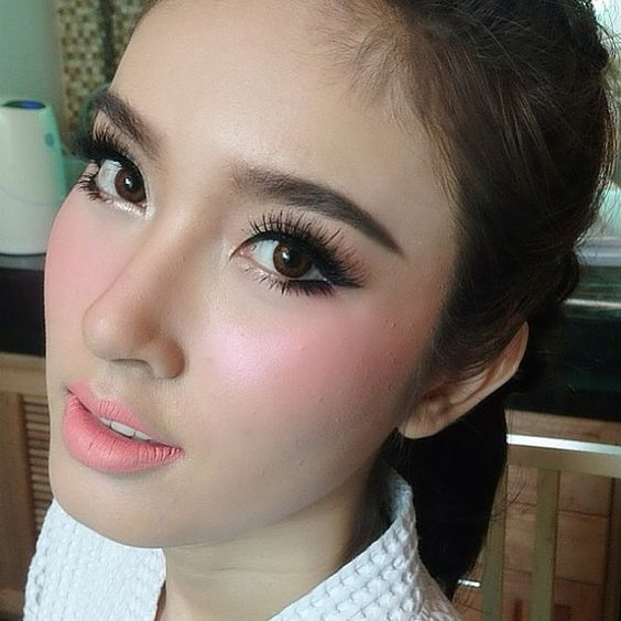 Make Up By @nongchat (instagram) Poydtreechada #Makeup