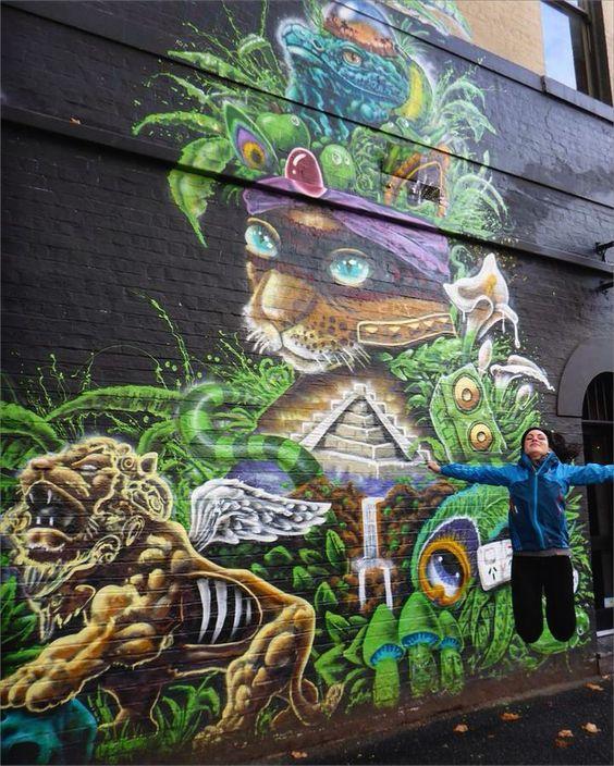 street-art heaven (: (photo credit: @sarah.fiss ) #nofilter #australia #melbourne #fitzroy #streetart #art #awesome #kitty #love by miss_isas