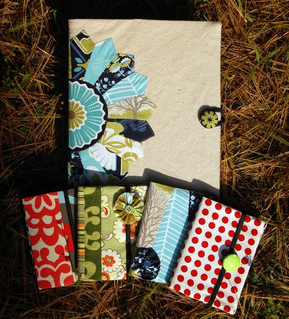 Composition Book Cover Tutorial ~ Composition book cover tutorial with a dresden plate sew