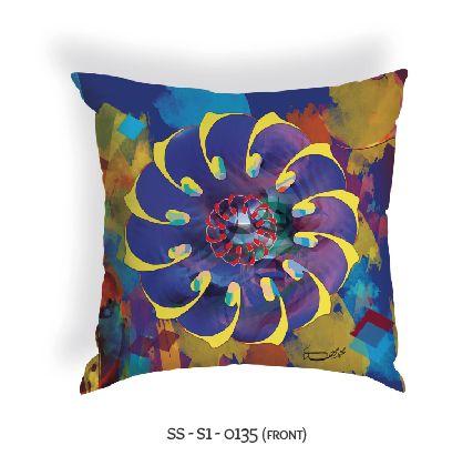 Zari Concept new arabic calligraphy design pillow by artiest Mohammed Mahdi www.zariconcept.com