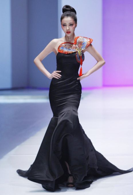 chinese haute couture gowns | ... letter become it's main subject. Chinese styles were still charming