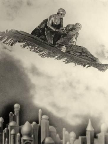 "Photographic Print: Douglas Fairbanks Senior Filming ""The Thief of Bagdad"" 1924 : 24x18in"