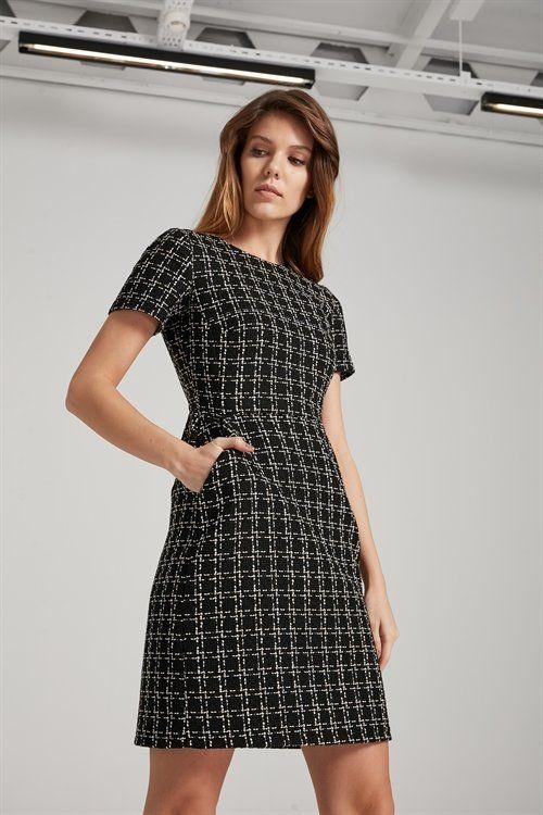 Kisa Kol Elbise Elbise Kategorisi Adl Elbise Moda Stilleri Dress Outfits