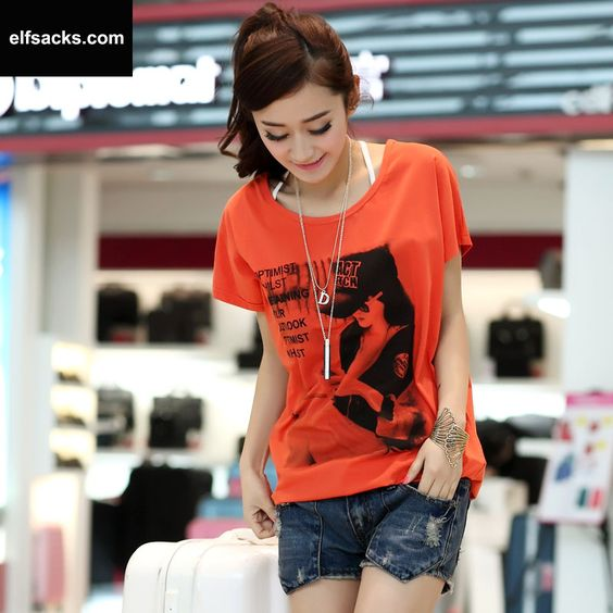 Womens Round Collar Short Sleeve Red Tshirt