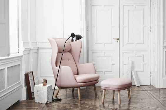 fritz hansen http://www.suiteny.com/product/detail/living-lounge/ro%E2%84%A2-485