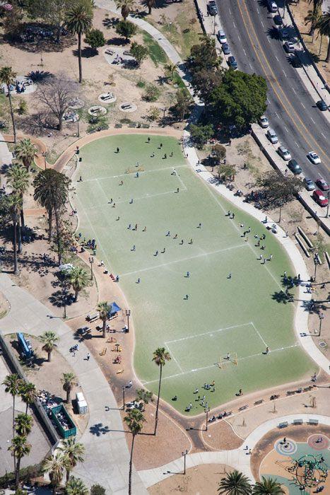 Cancha de fútbol en MacArthur Park, California: