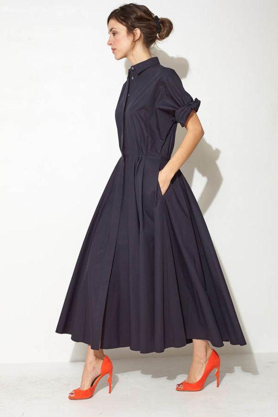 Navy Maxi Shirtdress by Ter et Bantine | shopheist.com Die Farbe gefällt mir nicht umbedingt... Aber der Schnitt... sehr schön.: