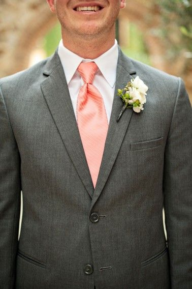 Peach tie for the groom | Kristen Weaver