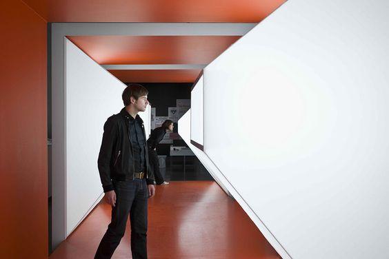 hallway, geometry Hofer wanted by bueromuenzing.de