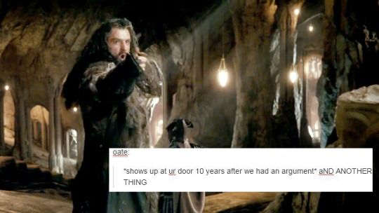 hobbit + text post