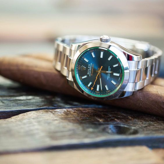 Channeling @cigarsmokingmodel today with this Rolex Milgauss and stogies. Available now for $7,300 (average retail price $8,200) on crownandcaliber.com. Feel free to give us a call as well (800) 514-3750. Cigars not included.