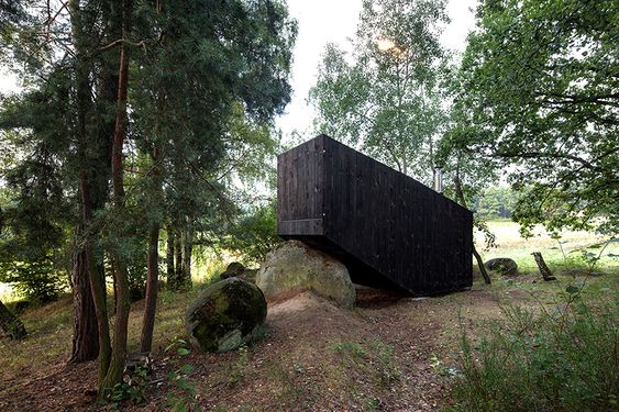 cute-cabin-deep-forest-shelter-elements-4-closed.jpg