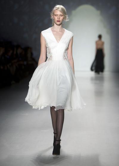 """""""Tadashi Shoji"""" bei der New Yorker Fashion Week. Mehr dazu hier: http://www.nachrichten.at/nachrichten/society/New-Yorker-Fashion-Week-gestartet;art411,1299849 (Bild: Reuters)"""