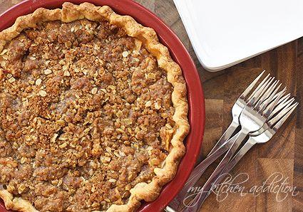 Apple Crumble Pie via @Jen Schall