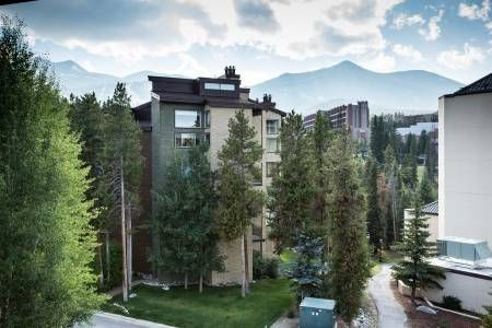 How beautiful is this?! Enjoy this view in this 2 bedroom Mountainwood Condo: http://www.gwlodging.com/rentals/properties/mountainwood-401/?utm_campaign=coschedule&utm_source=pinterest&utm_medium=Great%20Western%20Lodging&utm_content=Mountainwood%20401%20%7C%20Breckenridge%20Condominium%20Rentals #Breckenridge