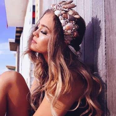 Já estava a ficar farta de ver tantas coroas de flores? Pois o tempo delas pode estar contado, chega... - Instagram / Chelseas Flowercrowns