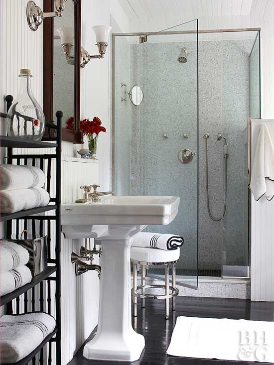 We Have Found An Abundance Of Tips And Tricks You Can Do On Cleaning Day To Make Your Routine Fa Bathroom Design Small Beadboard Bathroom Small Bathroom Design