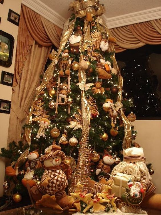 Decoraci n de pino de navidad en tono bronce rboles de - Decoracion arboles de navidad ...