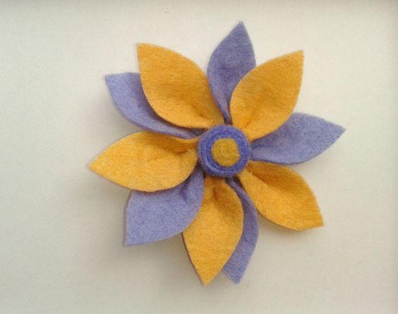 Flor bicolor en lila y beige