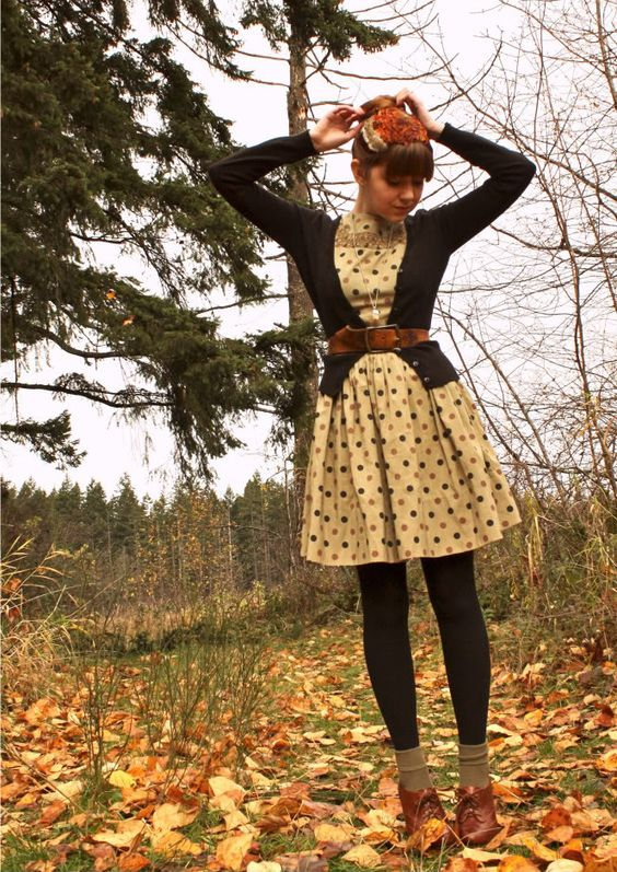 great for fall. I love belting a cute dress, and this is a great way to bring that into fall: add a cardigan, tights & booties I have no clue why this is far out my most popular pin;  over 750 repins!