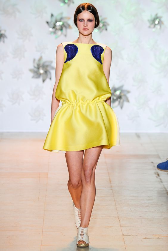 Tsumori Chisato Spring 2015 Ready-to-Wear - Collection - Gallery - Look 37 - Style.com