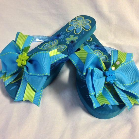#bjsbowbows #bows #bowflipflops #flipflops #summertime #sweetsummertime #flowers #blueandgreen #handmade #neongreen
