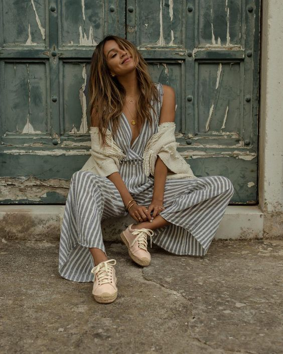 "Julie Sarinana: ""sitting pretty in the soft rose tennis sneaker @sincerelyjules"