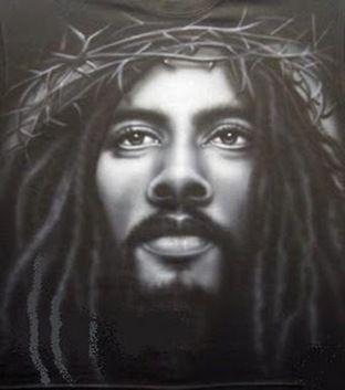 Deus não é branco,não é vermelho, não é amarelo,não é negro.Deus é Amor. E o Amor não é branco,não é vermelho, não é amarelo, não e negro. Mas também podemos dizer,com a mesma verdade, que o Amor é branco, é vermelho, é amarelo, é negro. E Deus também. Deus e o Amor estão em todos os povos, em todas as raças, em todas as cores. Estão no homem culto e no analfabeto, no pobre e no aleijado, na criança e no velhinho, no louco e na prostituta. Só não estão no ódio e no egoísmo!