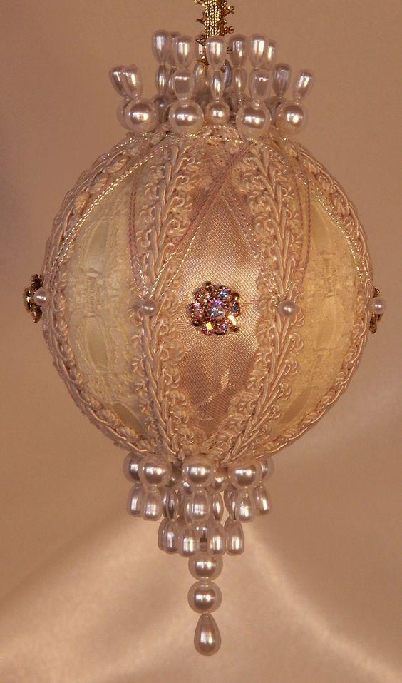 Vintage Beaded Ornaments 91