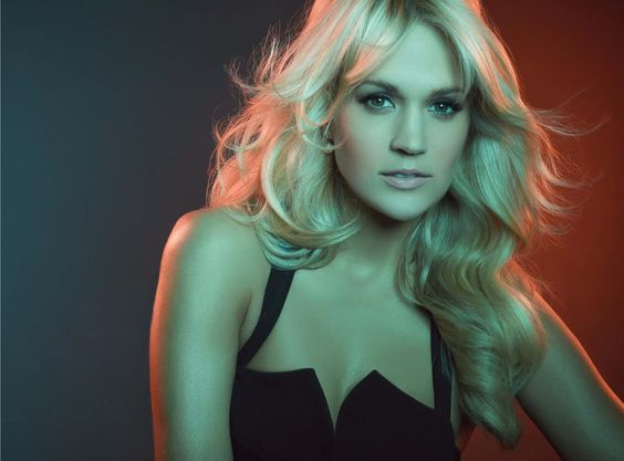 Carrie Underwood, Competing Color Temperatures.