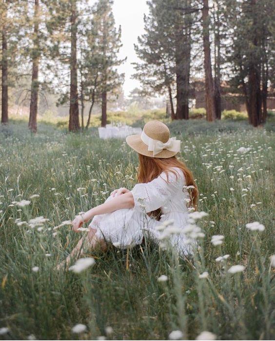 สุขใจ...ท่ามกลางดอกไม้ขาว