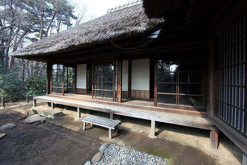 japanlove:    Japanese traditional style farm house / 農家(のうか) by TANAKA Juuyoh (田中十洋) on Flickr.