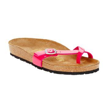 Es gibt nichts Besseres als eine bequeme #sandale von Birkenstock, um an einem sommerlichen #wochenende zu entspannen, oder? Das Modell Piazza in #fuchsia verfügt neben seinem frischen und femininen Design auch noch über ein orthopädisches Fußbett. Aktuell reduziert im #sale auf @spartood erhältlich! #damenschuhe #sommermode