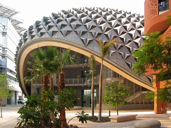 Masdar Institute of Science & Technology AKT II