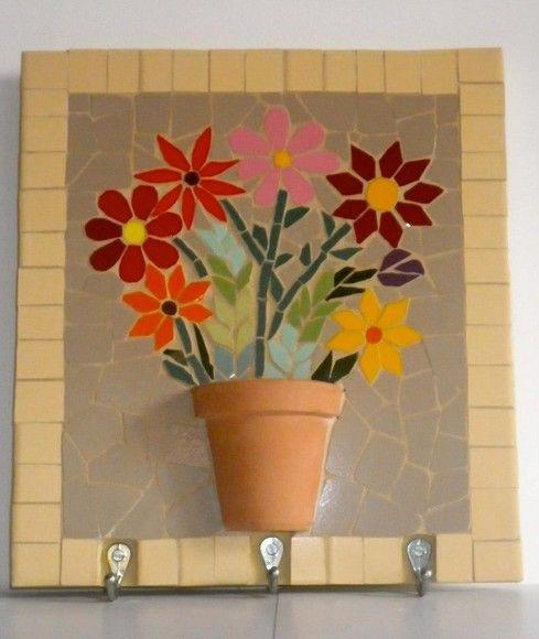 Lindo porta chaves, colorido e feminino, feito nas cores de preferencia. R$89,00