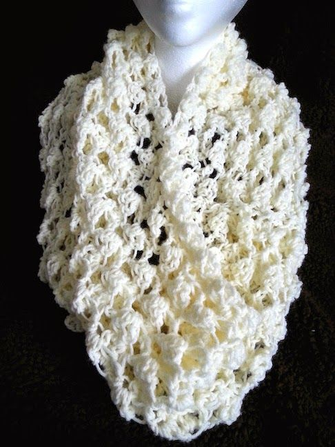 Craft Connection: FREE Crochet Pattern for Lightweight Spring Cowl