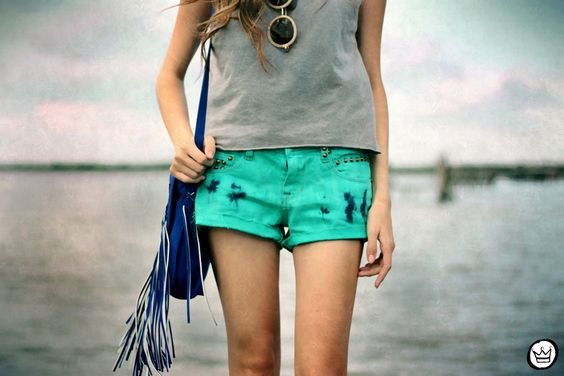 #moda #tendencia #lookdodia #verao #jeans #regata #marymust