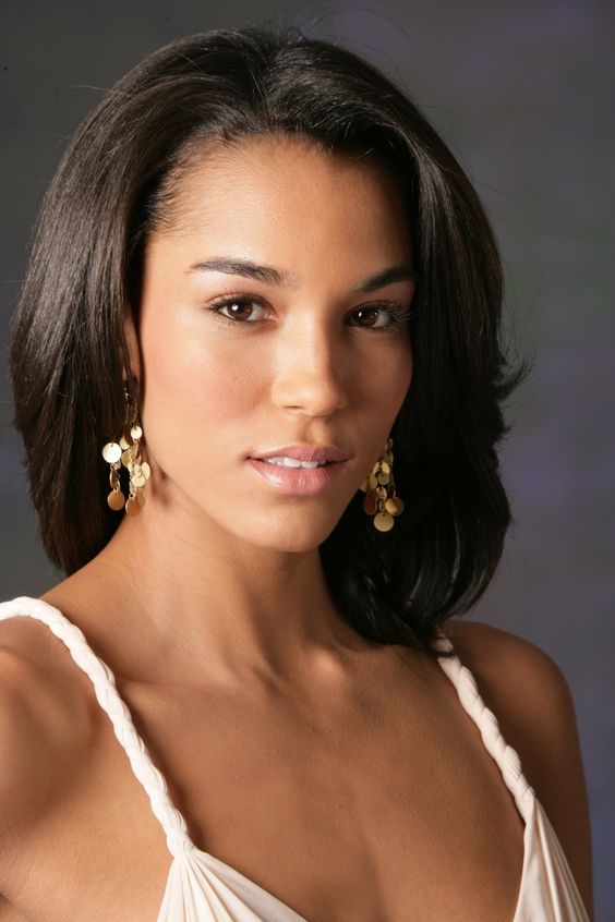 Amanda sudano born to italian composer bruce sudano and for Models brooklyn