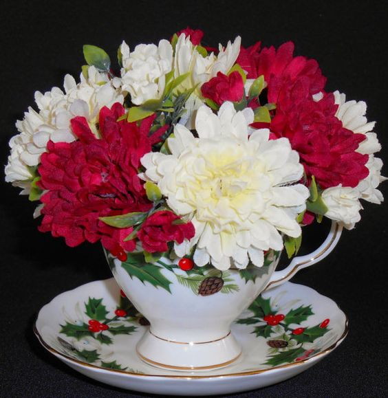 white with red teacups | Teacup Flowers, Red and White Mini Chrysanthemums, Vintage Royal ...: